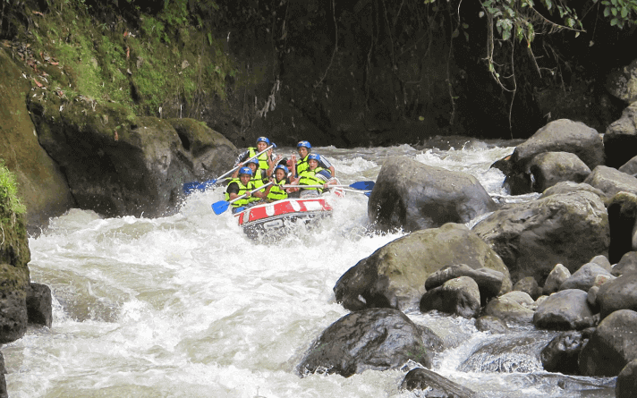 tempat rafting terbaik Sungai Nimanga Sulawesi Utara